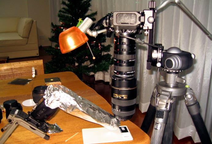 The Setup camera, lenses, and stuff  ·  Flash and snoot  ·  Reading lamp  ·  Target Area (sort of) (mouseover the above to highlight their location in the image) -- Kyoto, Japan -- Copyright 2007 Jeffrey Eric Francis Friedl, http://regex.info/blog/