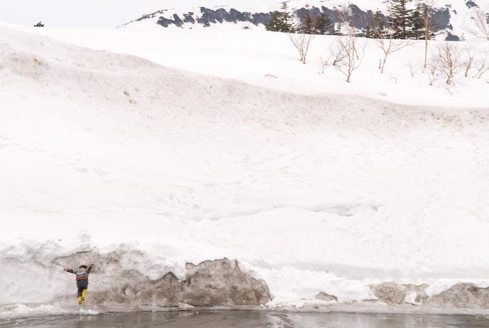 Chunks of Snow Are Made To Be Stomped On -- Kitafurano, Hokkaido, Japan -- Copyright 2007 Jeffrey Eric Francis Friedl, http://regex.info/blog/