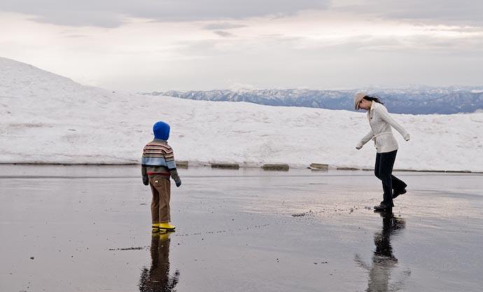 Snowball Soccer -- Biei, Hokkaido, Japan -- Copyright 2007 Jeffrey Eric Francis Friedl, http://regex.info/blog/