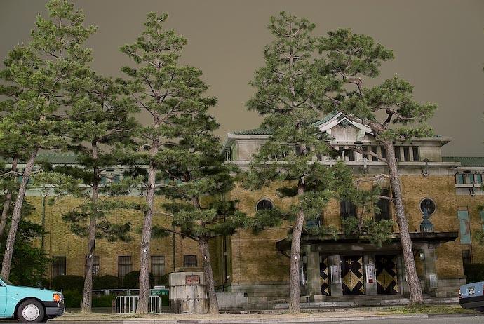Not Freaky. Not Artsy. Still Boring -- Kyoto, Japan -- Copyright 2007 Jeffrey Eric Francis Friedl, http://regex.info/blog/