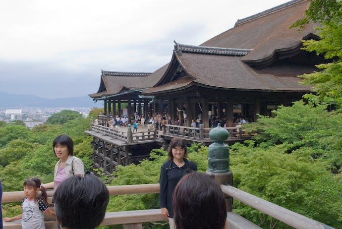 Nice View of the Main Temple -- Kyoto, Japan -- Copyright 2007 Jeffrey Eric Francis Friedl, http://regex.info/blog/