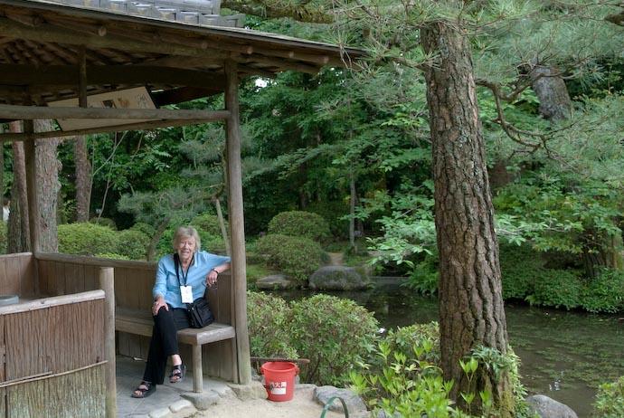 Madeline in Kyoto -- Kyoto, Japan -- Copyright 2007 Jeffrey Eric Francis Friedl, http://regex.info/blog/