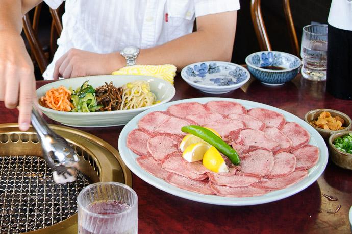 Ready to Cook at Yakiniku Nanzan (焼肉南山), Otsu Japan -- Yakiniku Nanzan (焼肉南山) -- Hieidaira, Shiga, Japan -- Copyright 2007 Jeffrey Eric Francis Friedl