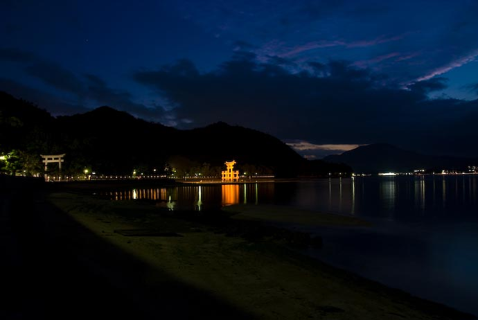 Miyajima at Dusk -- Miyajima, Hiroshima, Japan -- Copyright 2007 Jeffrey Eric Francis Friedl