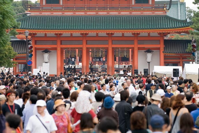A 200-meter Solid Mass of People -- Kyoto, Japan -- Copyright 2007 Jeffrey Eric Francis Friedl