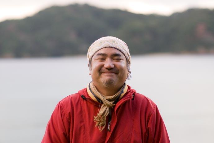 Hirozo-san: Amami Guide Extraordinaire Hirozou Yasuda -- Kakeromajima (Amami), Kagoshima, Japan -- Copyright 2008 Jeffrey Eric Francis Friedl, http://regex.info/blog/