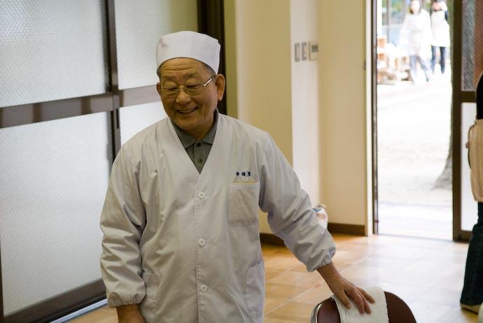 Head Mochi-Maker -- Kyoto, Japan -- Copyright 2008 Jeffrey Eric Francis Friedl, http://regex.info/blog/