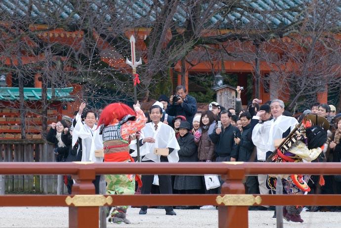 Demons Get 0wn3d -- Kyoto, Japan -- Copyright 2008 Jeffrey Eric Francis Friedl, http://regex.info/blog/