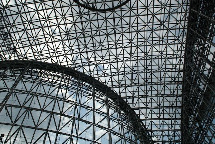 Atrium Enclosure makes me want a wider angle lens -- Kanazawa-city, Ishikawa-ken, Japan -- Copyright 2008 Jeffrey Eric Francis Friedl, http://regex.info/blog/