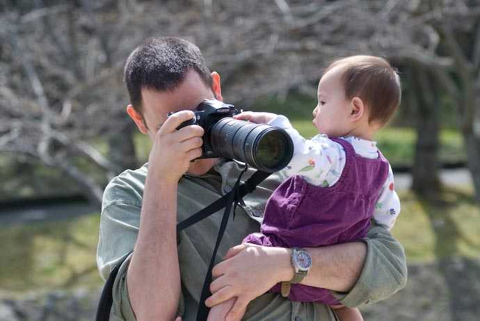 Focus Puller in Training (10-month-old Zoe Tamaki Braverman) -- Otsu, Shiga, Japan -- Copyright 2008 Jeffrey Eric Francis Friedl, http://regex.info/blog/