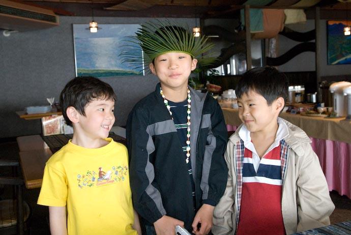 Silly Times with New Friends -- Amami Ooshima, Kagoshima, Japan -- Copyright 2008 Jeffrey Eric Francis Friedl