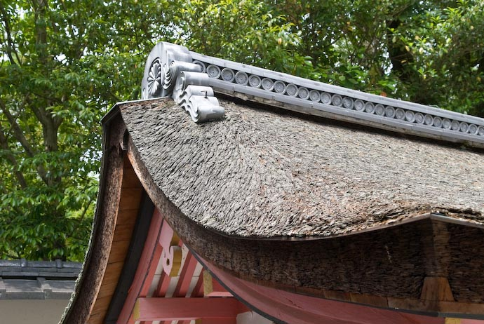 I Love This Kind of Roof -- Kyoto, Japan -- Copyright 2008 Jeffrey Eric Francis Friedl, http://regex.info/blog/