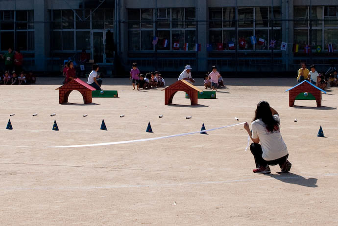 Youngest Kids' First Event -- Kyoto, Japan -- Copyright 2008 Jeffrey Eric Francis Friedl, http://regex.info/blog/