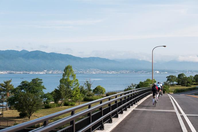 6:43 AM (+1h 16m) - 19 km (11.7 miles) taken while cycling at 23 kph (14 mph) -- Kusatsu, Shiga, Japan -- Copyright 2015 Jeffrey Friedl, http://regex.info/blog/