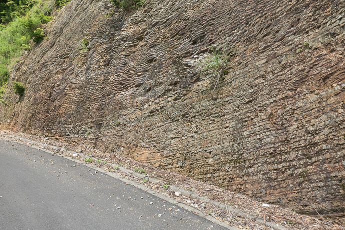 Interesting Layered Rock -- Takashima, Shiga, Japan -- Copyright 2015 Jeffrey Friedl, http://regex.info/blog/