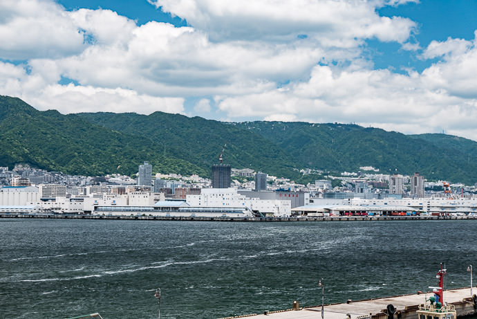 Our Destination is the little bump of a tower barely visible on the ridgeline at the far right -- Kobe Bridge (神戸大橋) -- Kobe, Hyogo, Japan -- Copyright 2016 Jeffrey Friedl, http://regex.info/blog/