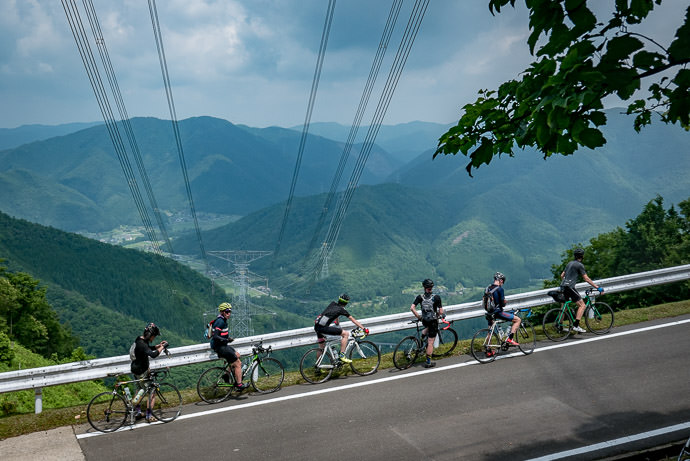 This Also Looks Very High 40 minutes into the climb -- Funai District -- Kyoto, Japan -- Copyright 2016 Jeffrey Friedl, http://regex.info/blog/