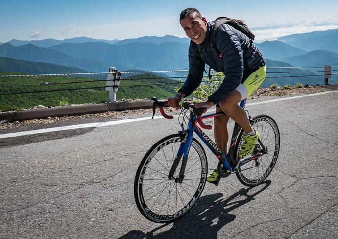 Excess of Power 8:48am - taken while cycling at 11 kph (7 mph) -- Mt. Norikura (乗鞍岳) -- Matsumoto, Nagano, Japan -- Copyright 2016 Jeffrey Friedl, http://regex.info/blog/