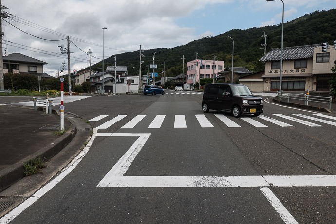 Anonymous-Looking Intersection Kyoto is to the left, 125km (78) miles away -- Mikatakaminaka-gun -- Mikatakaminaka-gun, Fukui, Japan -- Copyright 2016 Jeffrey Friedl, http://regex.info/blog/ -- This photo is licensed to the public under the Creative Commons Attribution-NonCommercial 4.0 International License http://creativecommons.org/licenses/by-nc/4.0/ (non-commercial use is freely allowed if proper attribution is given, including a link back to this page on http://regex.info/ when used online)