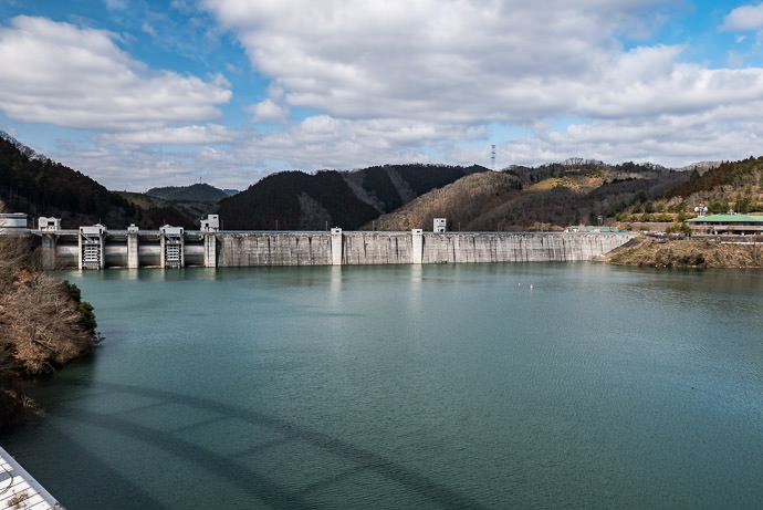 Hiyoshi Dam 日吉ダム -- Hiyoshi Dam (日吉ダム) -- Nantan, Kyoto, Japan -- Copyright 2017 Jeffrey Friedl, http://regex.info/blog/ -- This photo is licensed to the public under the Creative Commons Attribution-NonCommercial 4.0 International License http://creativecommons.org/licenses/by-nc/4.0/ (non-commercial use is freely allowed if proper attribution is given, including a link back to this page on http://regex.info/ when used online)