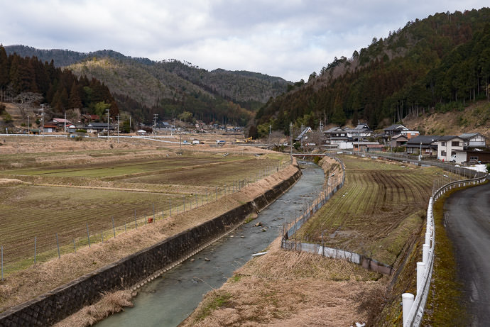 Typical Countryside -- Nantan, Kyoto, Japan -- Copyright 2017 Jeffrey Friedl, http://regex.info/blog/ -- This photo is licensed to the public under the Creative Commons Attribution-NonCommercial 4.0 International License http://creativecommons.org/licenses/by-nc/4.0/ (non-commercial use is freely allowed if proper attribution is given, including a link back to this page on http://regex.info/ when used online)