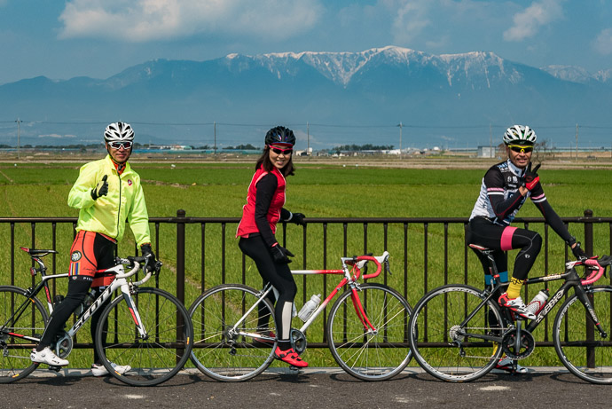 The Day's Riding Partners Hatano-san, Okabe-san, Yano-san -- Moriyama, Shiga, Japan -- Copyright 2017 Jeffrey Friedl, http://regex.info/blog/