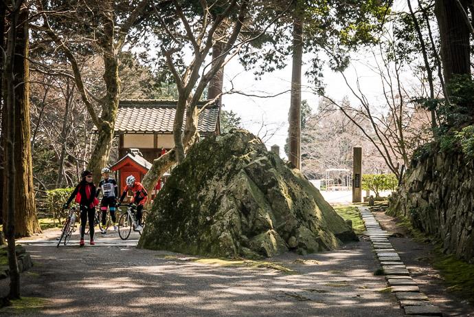 Kawarayazen Temple (瓦屋禅寺) -- Higashiomi, Shiga, Japan -- Copyright 2017 Jeffrey Friedl, http://regex.info/blog/
