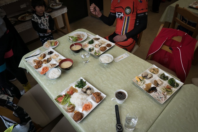 Lunch Smile Kitchen (スマイルキッチン) -- Smile Chicken (スマイルキッチン) -- Higashiomi, Shiga, Japan -- Copyright 2017 Jeffrey Friedl, http://regex.info/blog/