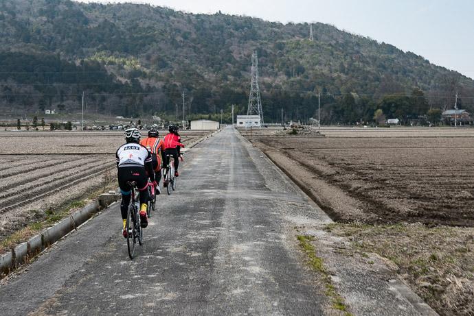 On to the Next Monadnock -- Higashiomi, Shiga, Japan -- Copyright 2017 Jeffrey Friedl, http://regex.info/blog/