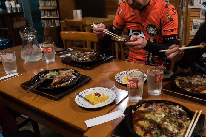 Dinner at Sobokkuru (そぼっくる) -- Yasu, Shiga, Japan -- Copyright 2017 Jeffrey Friedl, http://regex.info/blog/