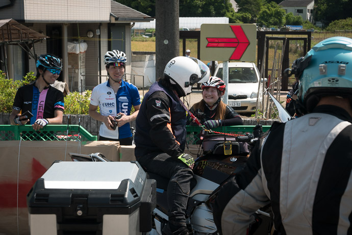 Celebrity this UCI staff with a German accent was popular -- 大阪府道・京都府道71号枚方山城線 -- 東倉治5丁目, Kinki Region, Japan -- Copyright 2017 Jeffrey Friedl, http://regex.info/blog/