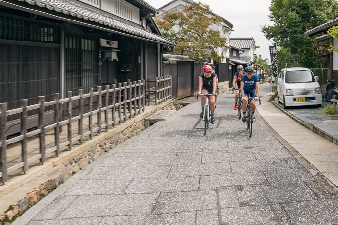 Rolling Through Northern Arashiyama -- Kyoto, Japan -- Copyright 2017 Jeffrey Friedl, http://regex.info/blog/