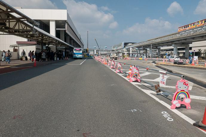 Itami Airport (伊丹空港) -- Toyonaka, Osaka, Japan -- Copyright 2018 Jeffrey Friedl, http://regex.info/blog/