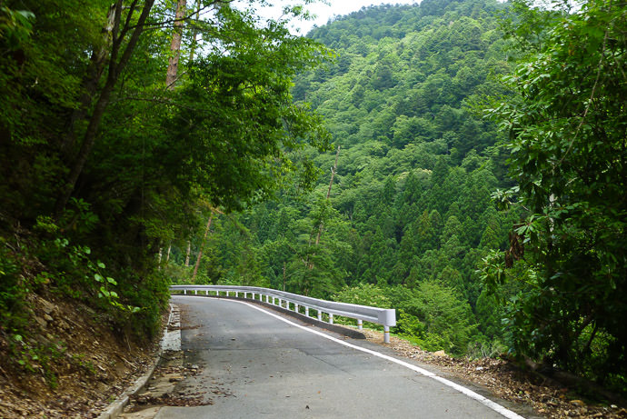 New Not-Washed-Out Road where the road was impassable last year -- Kyoto, Japan -- Copyright 2016 Jeffrey Friedl, http://regex.info/blog/