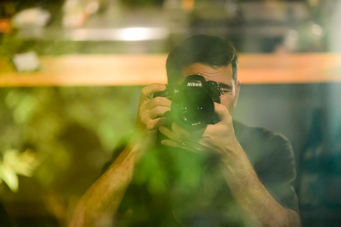 Hazy Self Portrait  --  Kyoto, Japan  --  Copyright 2012 Jeffrey Friedl, http://regex.info/blog/