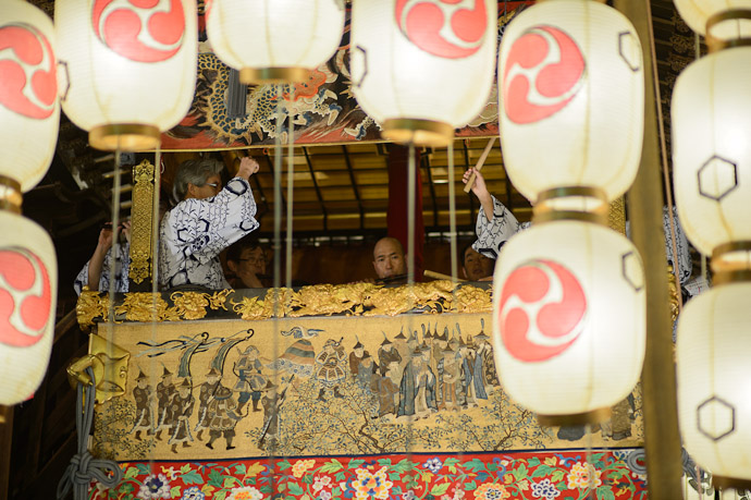 Musicians  --  Kyoto, Japan  --  Copyright 2012 Jeffrey Friedl, http://regex.info/blog/