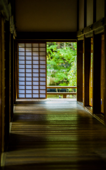 desktop background image of a hallway at the Shoren  --  Temple Hallway always on the outside edge of the building  --  Shoren'in Temple (青蓮院)  --  Kyoto, Japan  --  Copyright 2012 Jeffrey Friedl, http://regex.info/blog/  --  This photo is licensed to the public under the Creative Commons Attribution-NonCommercial 3.0 Unported License http://creativecommons.org/licenses/by-nc/3.0/ (non-commercial use is freely allowed if proper attribution is given, including a link back to this page on http://regex.info/ when used online)