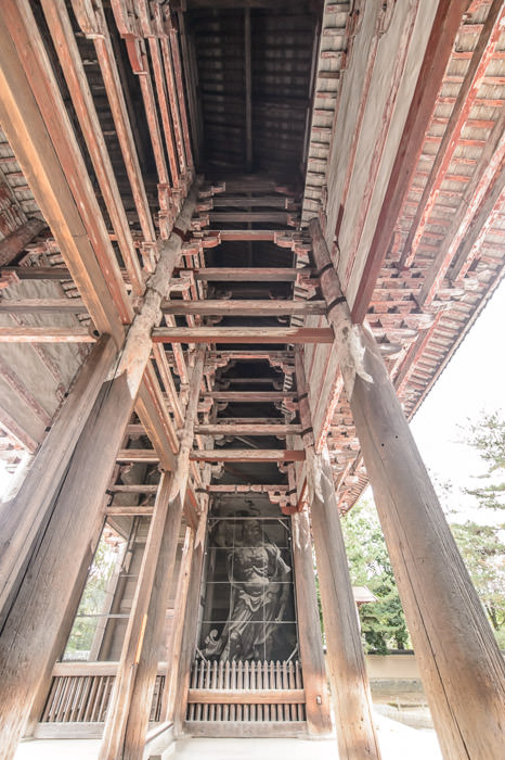 Holding Up Well for 815-year-old construction -- Todaiji (東大寺) -- Nara, Japan -- Copyright 2012 Jeffrey Friedl, http://regex.info/blog/