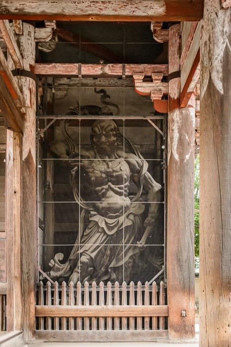 Wrath Filled and Muscular -- Todaiji (東大寺) -- Nara, Japan -- Copyright 2012 Jeffrey Friedl, http://regex.info/blog/