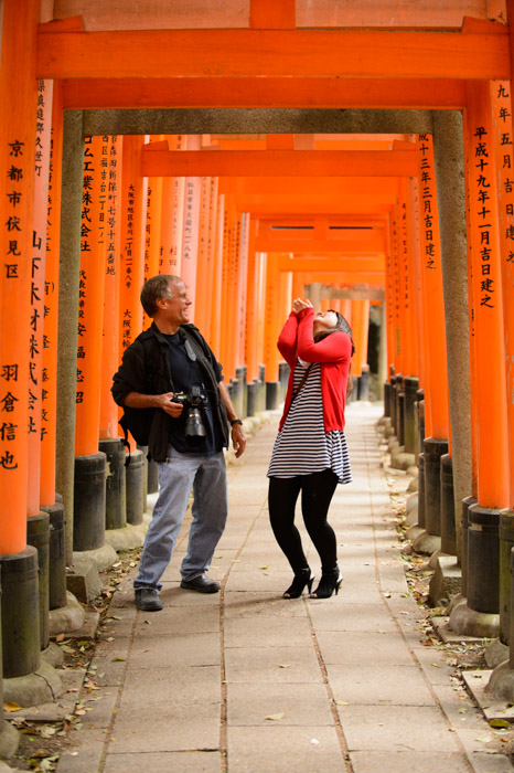 Silly Times at the Fushimi Inari Shrine (伏見稲荷大社) -- Fushimi Inari Shrine (伏見稲荷大社) -- Kyoto, Japan -- Copyright 2013 Jeffrey Friedl, http://regex.info/blog/