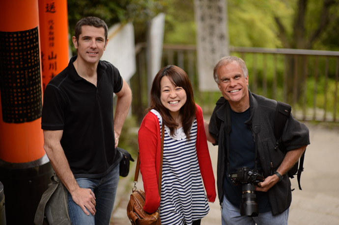 Me, Yuko, Paul photo by a nice family, I think from New Zealand -- Fushimi Inari Shrine (伏見稲荷大社) -- Kyoto, Japan -- Copyright 2013 Jeffrey Friedl, http://regex.info/blog/