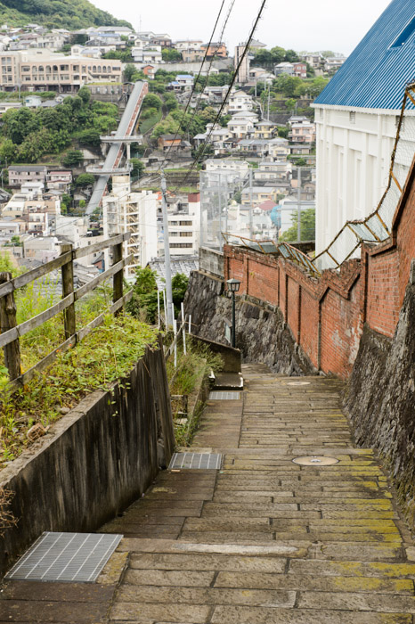 Typical Path narrow, winding, steep -- Nagasaki, Japan -- Copyright 2013 Jeffrey Friedl, http://regex.info/blog/