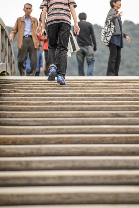 Fairly Steep -- Kintai Bridge (錦帯橋) -- Iwakuni, Yamaguchi, Japan -- Copyright 2013 Jeffrey Friedl, http://regex.info/blog/