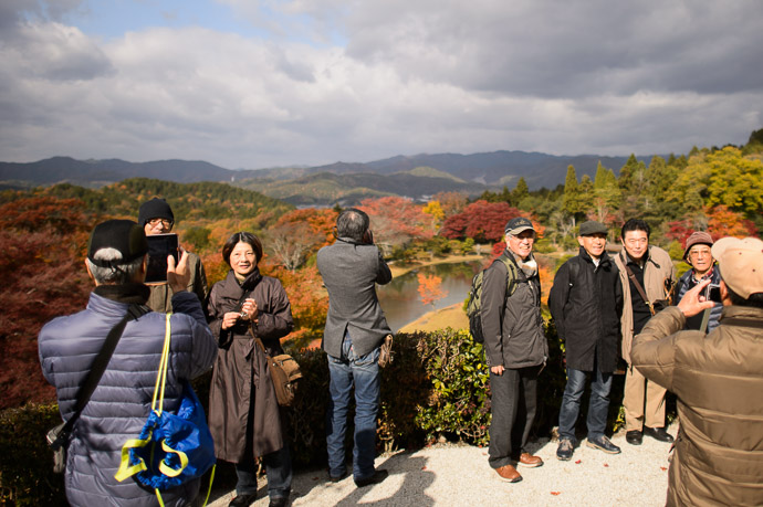 Photo Ops for All -- Shugakuin Imperial Villa (修学院離宮) -- Kyoto, Japan -- Copyright 2013 Jeffrey Friedl, http://regex.info/blog/ -- This photo is licensed to the public under the Creative Commons Attribution-NonCommercial 4.0 International License http://creativecommons.org/licenses/by-nc/4.0/ (non-commercial use is freely allowed if proper attribution is given, including a link back to this page on http://regex.info/ when used online)
