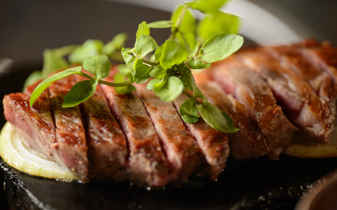 desktop background image of Sirloin steak at Beefland Prince (Beefland Taiko; ビーフランド大公) on Awaji Island, Japan -- Literally melts in your mouth Sirloin at Beefland Prince, Awaji Island, Japan ビーフランド大公、淡路島 -- Beefland Taiko (ビーフランド大公) -- Awaji, Hyogo, Japan -- Copyright 2014 Jeffrey Friedl, http://regex.info/blog/ -- This photo is licensed to the public under the Creative Commons Attribution-NonCommercial 4.0 International License http://creativecommons.org/licenses/by-nc/4.0/ (non-commercial use is freely allowed if proper attribution is given, including a link back to this page on http://regex.info/ when used online)