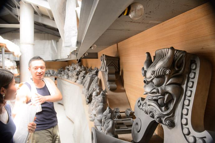 More Storage -- Minobe Onigawara Workshop (美濃邉鬼瓦工房) -- Otsu, Shiga, Japan -- Copyright 2014 Jeffrey Friedl, http://regex.info/blog/
