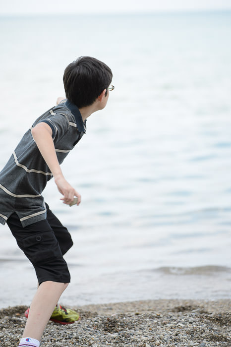 Boys Love Skipping Rocks -- Big Bay Park -- Whitefish Bay, Wisconsin, United States -- Copyright 2014 Jeffrey Friedl, http://regex.info/blog/
