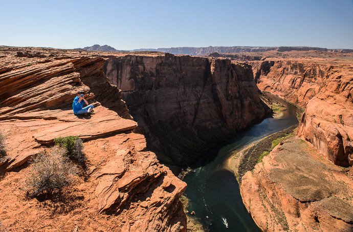 That's Close Enough I'm slightly uneasy even looking at it in the photo -- Horseshoe Bend -- Page, Arizona, United States -- Copyright 2015 Jeffrey Friedl, http://regex.info/blog/