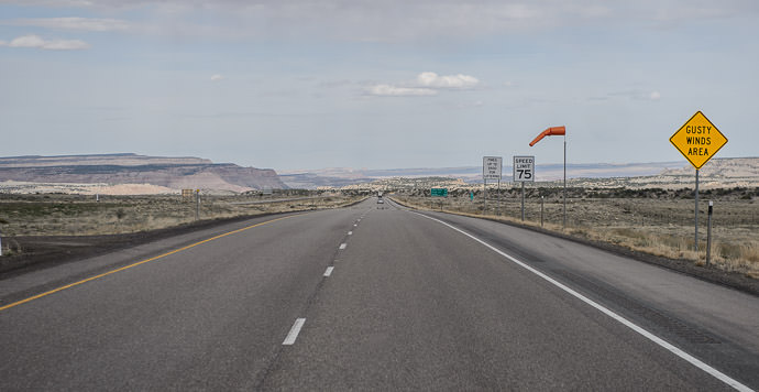 This Afternoon starting the long drive toward Denver taken one-handed while driving at 66 mph 午後:デンヴァ市(コロラド州)に向かっている長い運転 -- Sevier County, Utah, United States -- Copyright 2015 Jeffrey Friedl, http://regex.info/blog/