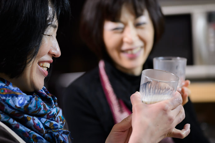 Sip of Fresh Soy Milk -- Takashima, Shiga, Japan -- Copyright 2015 Jeffrey Friedl, http://regex.info/blog/